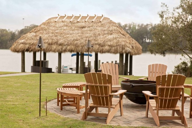 Dock Tiki Hut Fire Pit Furnished Shea house-461